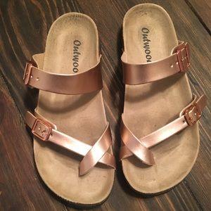 Cute Birkenstock style sandals!
